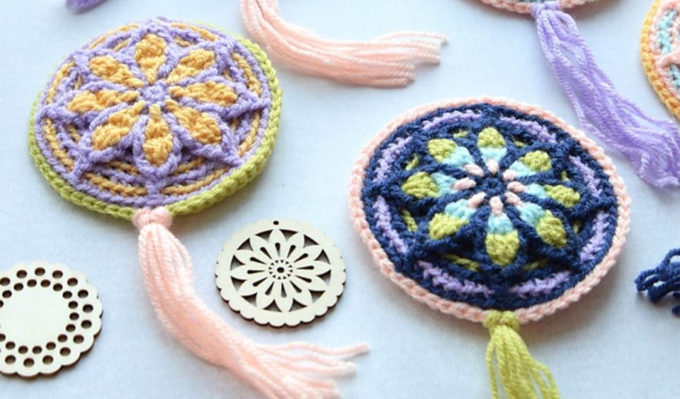 Micro Rozeta Free Crochet Pattern